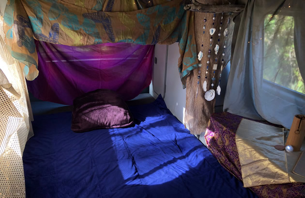 Sound-insights-mobile-sound-energy-healing studio